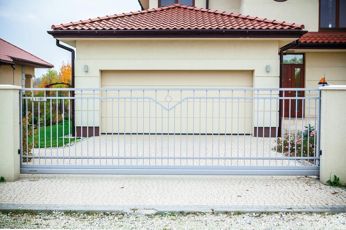 Kovové ploty a brány WIŚNIOWSKI